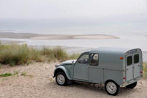 17 meilleures images propos de citroen 2cv fourgonnette sur pinterest voitures camions et. Black Bedroom Furniture Sets. Home Design Ideas