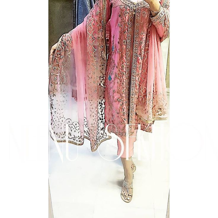#pink #traditional #indian #pakistani #punjabi #suit #dupatta #pant #croppedpants #embroidery #dabka #zardozi #zardosi #zari #indian #traditional #pakistani #punjabi #fashion #ethnic #embroidery #dabka #zari #zardosi #zardozi #embroidered #suit #salwar #kameez #salwarkameez #ghagra #lehnga #lehenga #sari #saree #choli #womensfashion #clothing #clothes #attire #indianfashion #indianclothing #indianattire #indianoutfits
