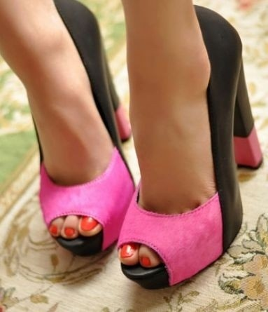 Pink-and-black shoes: Peep Toe, Style, Classic Peep, Colors, Pink Shoes, Beauty, Heels, Pretty, Pink And Black Shoes