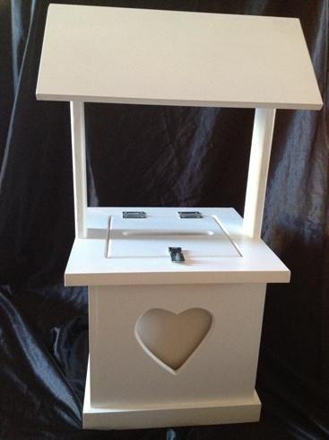 Love heart wishing well 70cm x 30cm x 30cm