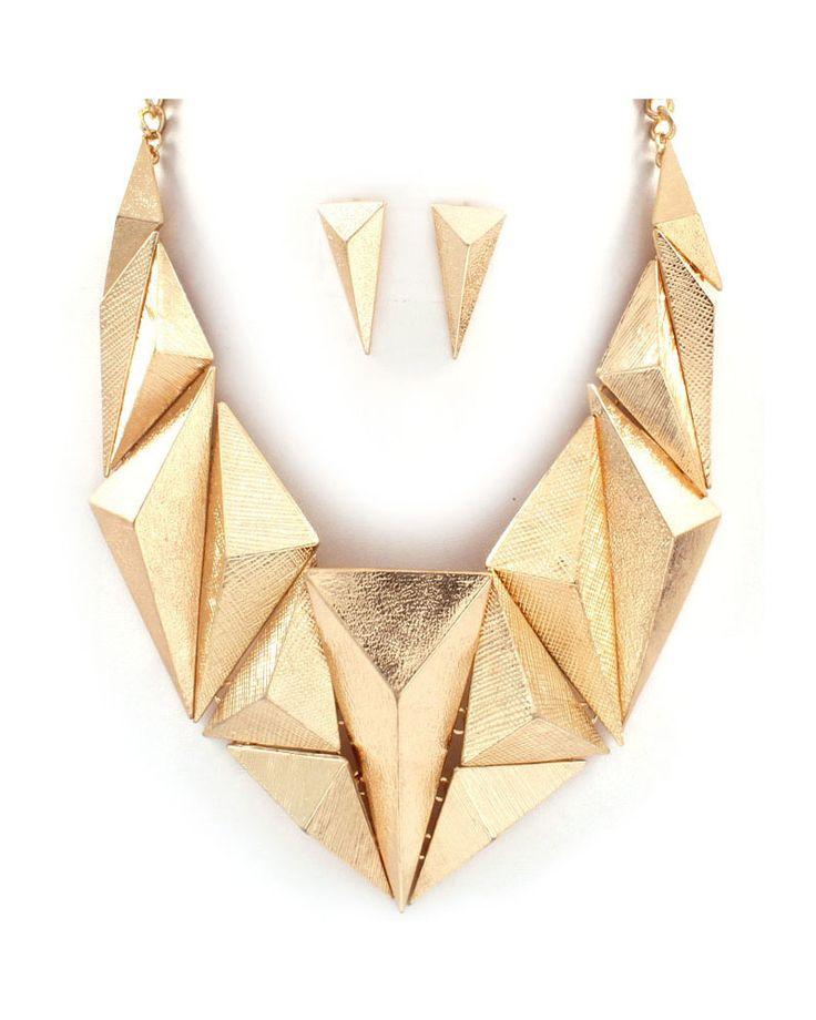 Stunning bib necklace