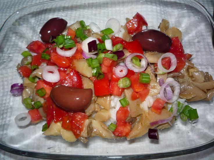 Salata calda cu orez si ciuperci