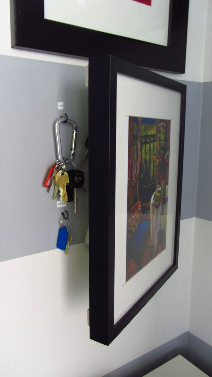 How do you keep your keys organized in your home?  To be quite honest, I  used to lose my keys all the time because I didn't have a proper place for  them to live.  I've seen all types of systems, but I think I like the  hanging system the best.  Keys in a bowl have a tendency to get tangled up