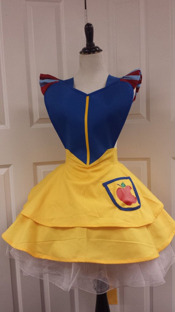 Snow White Fandom Cosplay Retro Pin Up by PandorasProductions