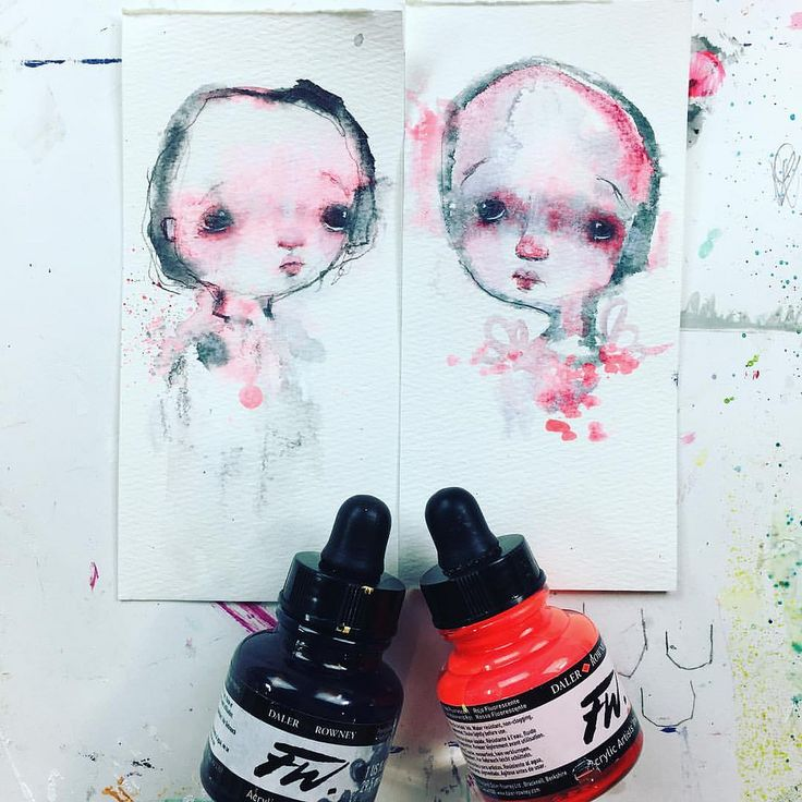 https://flic.kr/p/NGUyhq | Next up for the 24 Faces class. Learn how to use neon ink and dark ink to create sweet little faces. Working small has really strengthened me as an artist and I wanted to share These smaller creations with you. Class will post on the 7th.