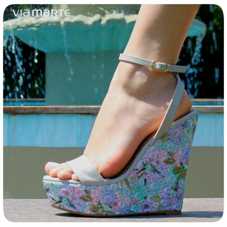 Cores - salto anabela - estampa floral - Ref. 13-13603