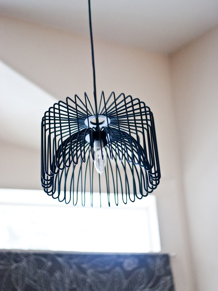 DIY wire chandelier made of Tradig (Ikea) by House in the Woods
