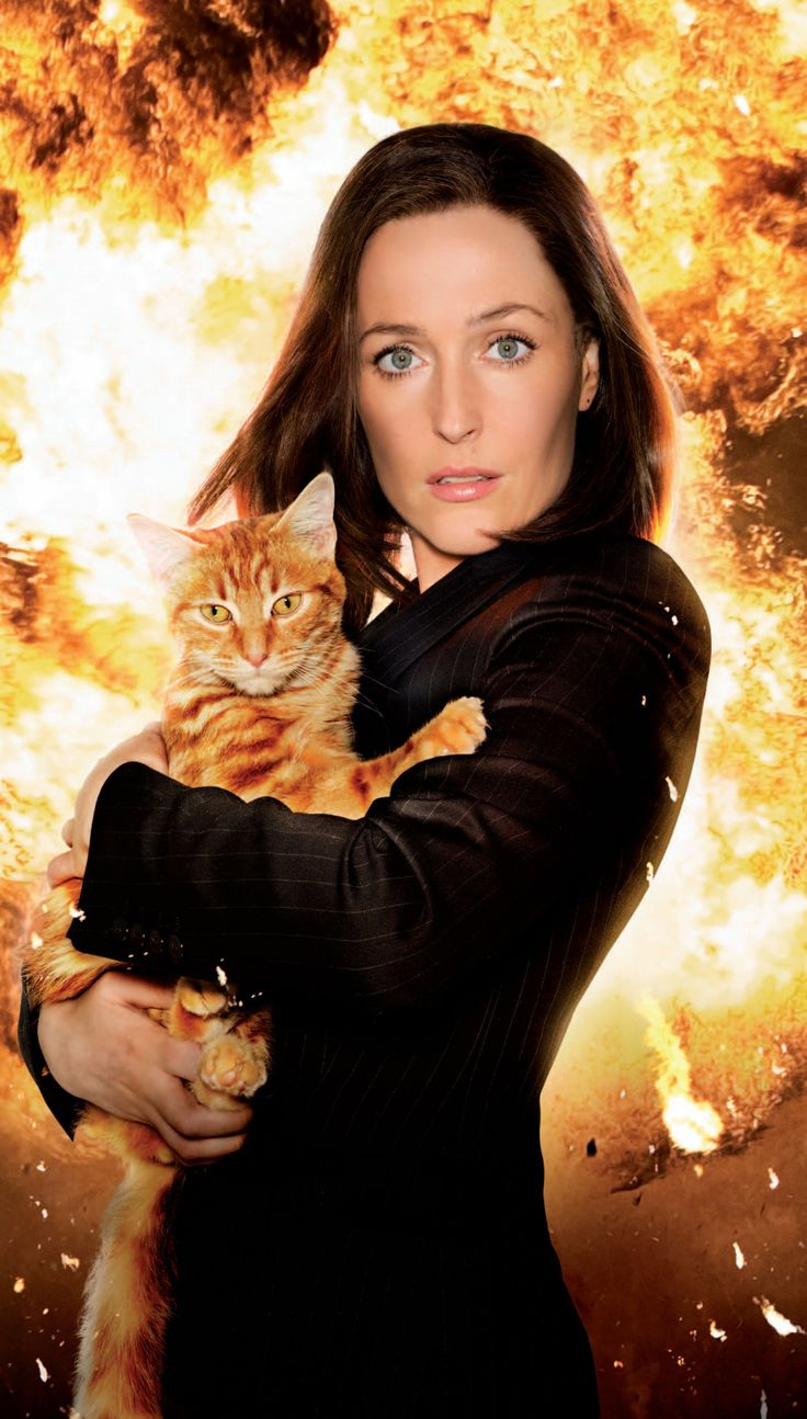 Gillian Anderson and the Firecat of The X-Files