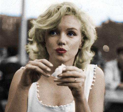 I'm selfish, impatient and a little insecure. I make mistakes, I am out of control and at times hard to handle. But if you can't handle me at my worst, then you sure as don't deserve me at my best. - Marilyn Monroe