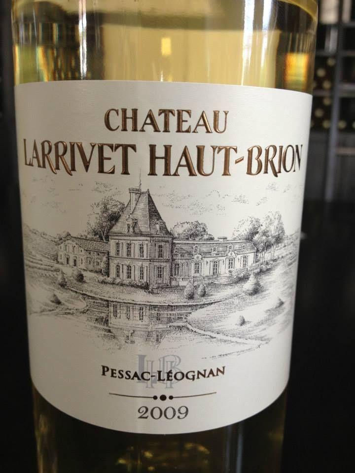 Vin du jour // Wine of the day : Château Larrivet Haut-Brion 2009 – Pessac Leognan (blanc) http://vertdevin.com/vin/chateau-larrivet-haut-brion-2009-pessac-leognan-blanc/