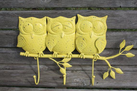 SUN YELLOW Large OWLS on a Branch /  Owl Wall Hook / Key Hook / Towel Hook / Bathroom / Bedroom