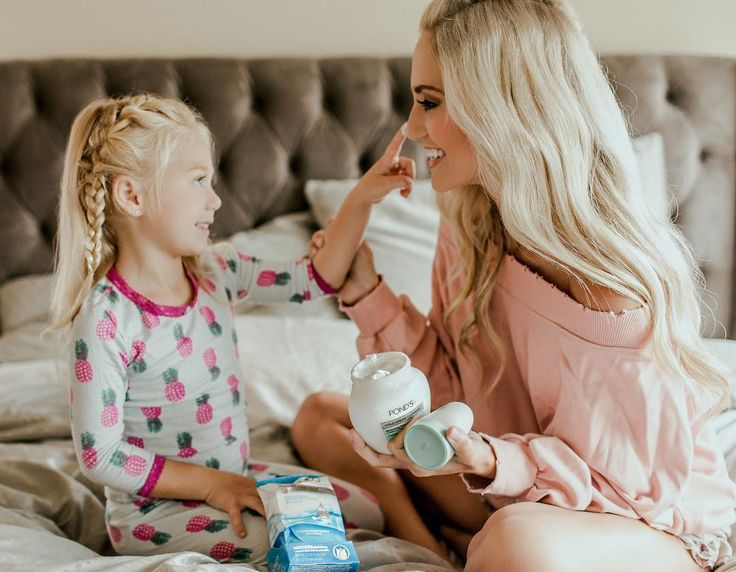 """Savannah Rose LaBrant on Instagram: """"My little sidekick is always helping mama out... even when it comes to taking my makeup off! I love using @Ponds #ColdCreamCleanser! It…"""""""