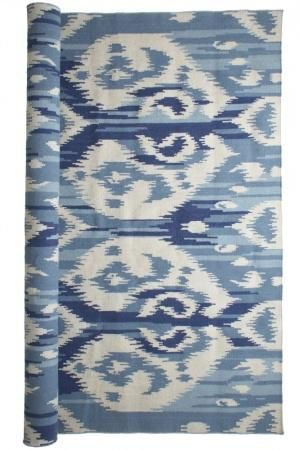 Don't let your floors miss out on the Ikat fun! This blue & white rug will complement many styles of decor