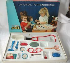 the Doctor is in: Play doctor set from GDR times. DDR Combina Spiel Puppendoktor Puppen Doktor Repinned by www.gorara.com