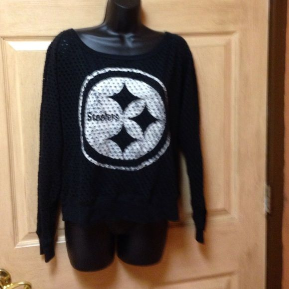 Steeler sweatshirt Nfl xl steeler sweatshirt(need to wear tank under ) Nfl Sweaters