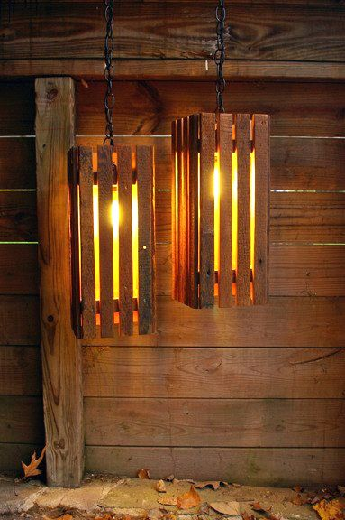 Pallet Lights - Old Wood Pallets Lamps in home decor. More pallet patio, gardening, DIY furniture ideas and inspiration at http://pinterest.com/wineinajug/passion-for-pallets/