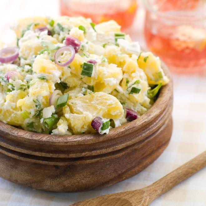 Insalata variopinta di patate #Insalata, #InsalataDiPatare, #Patate, #Ricetta, #RicettaEstiva http://eat.cudriec.com/?p=5593