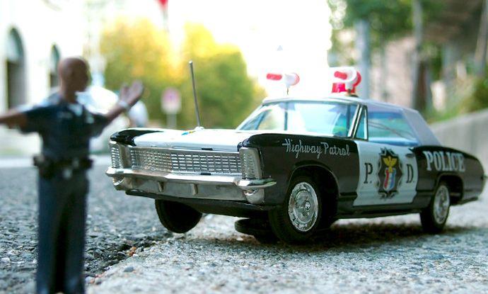 1960s 萬代屋製 ハイウェイパトロールカー 外箱+黒人警官付き