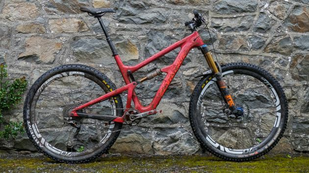 "Santa Cruz Hightower CC pro bike gallery: Steve Peat's ""everyday bike"""