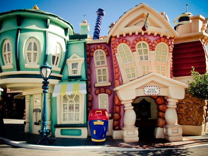 Toontown, Anaheim, California, 2011