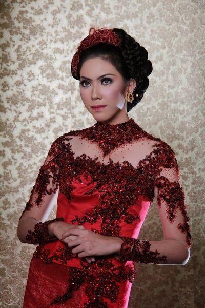 cute kebaya in red - love it