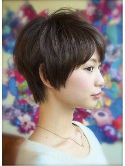 デコ(DECO)【DECO】大人可愛いクセ毛風×斜めバングナチュラルショート