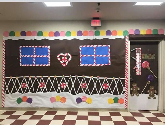 Christmas decorations for school hallway How to decorate your hallway for christmas