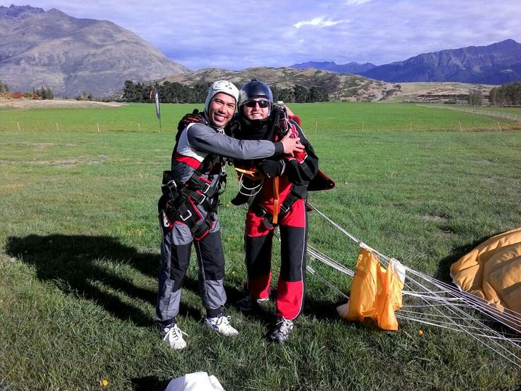 EMBRACE THE FEAR. Embrace our tandem master Caue! #gigatownqueenstown #skydive #Queenstown