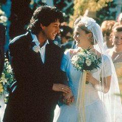 The Wedding Singer Instead Of Making Big Mistake Being Julia Gulia Drew Barrymore And Robbie Hart Adam Sandler Tie Knot In A