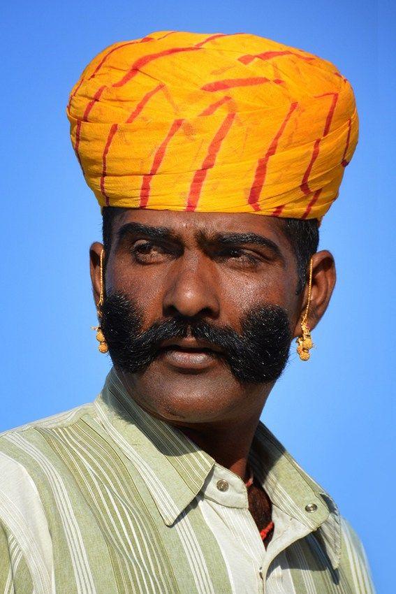Раджастханец г. Джайсалмер, штат Раджастхан, Индия