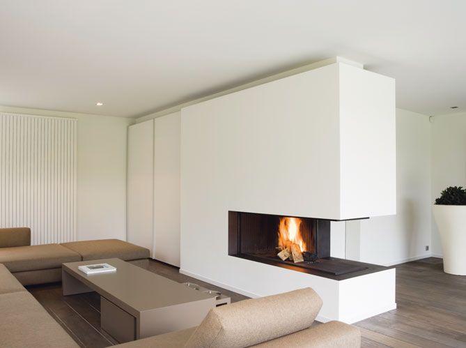 Installées au centre de la pièce, en cloison séparative ou intégrées dans une baie vitrée, les...
