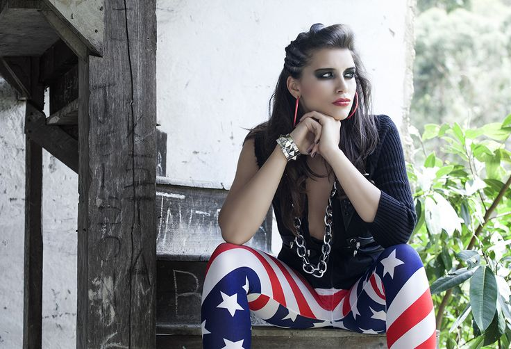 Fotografo: Oscar Nizo Modelo: Mihaela Girbea Make Up: Julian Romero (Gatto) Styling: Lina Barbosa, Diana Carolina Jaimes