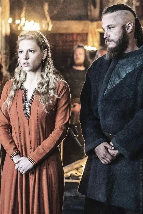 "Lagertha and Ragnar ""Please don't tell my ""other"" wife what we did last nite!"""