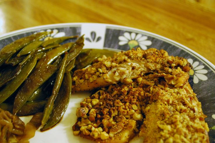 Pecan Crusted Tilapia | stacymakescents.com