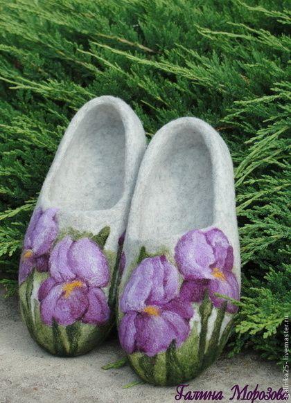 """Обувь ручной работы. Ярмарка Мастеров - ручная работа Войлочные тапочки """"Ирисы 2"""". Handmade."""