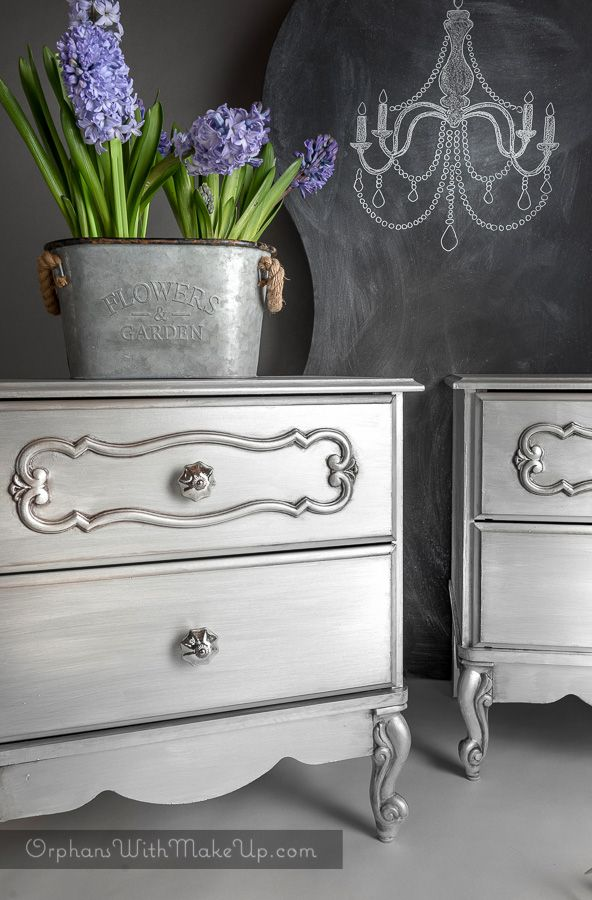 Silver Metallic Night Tables #DIY #furniturepaint #paintedfurniture #homedecor #metallic #silver #nightstand #endtable #silver - blog.countrychicpaint.com