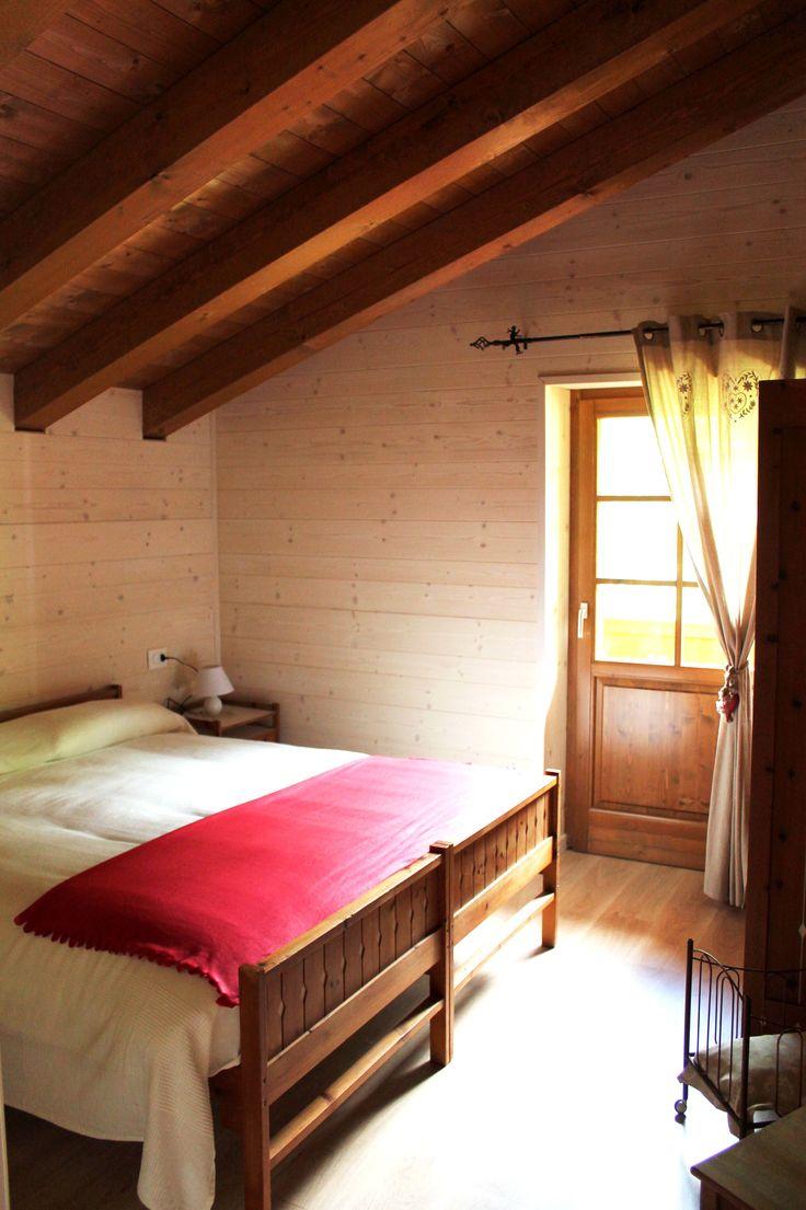 Camera matrimoniale al primo piano - Ciase Baufie Albergo Diffuso Dolomiti