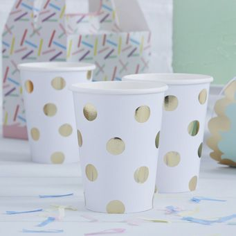 These striking paper cups are perfect for any party or celebration!