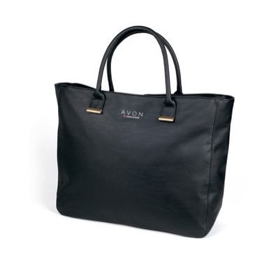 Nagyméretű fekete táska, hogy minden fontos dolgot magaddal vihess!