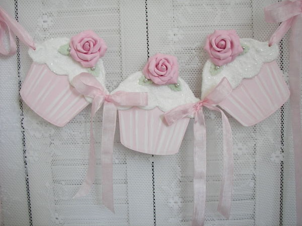 HP Pink Shabby Clay Roses Wood Cupcake Garland Cottage Kitchen Chic | eBay