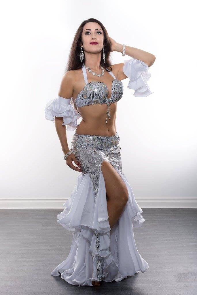 Silver belly dance