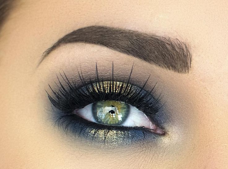 """M A K E N Z I E on Instagram: """"These LASHES they're @velourlashesofficial in Lets Take a Selfie Product Details for this look are in my previous post!"""""""