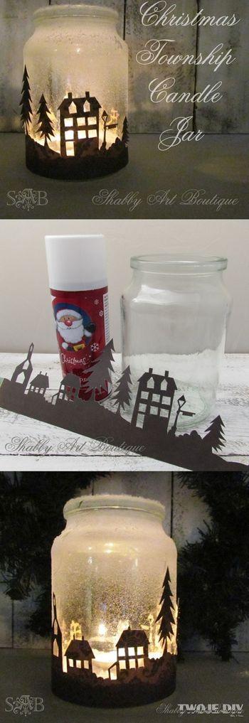 雪の降る町に静かに建つ街並み。  家の影絵が詩的な、キャンドルホルダー。