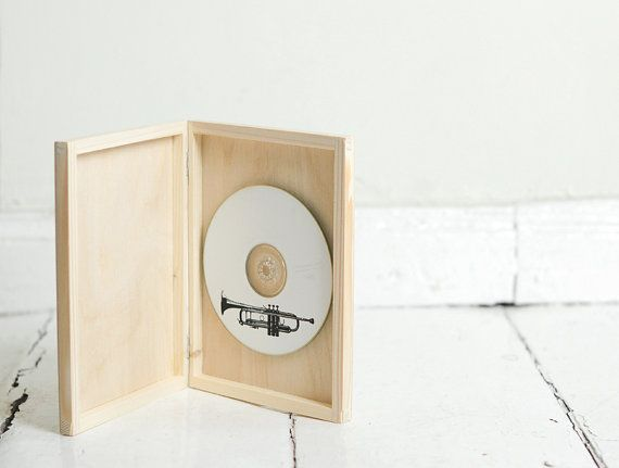 Single DVD case You can decorate it yourself by paint, stick the paper or fabric, engraving .