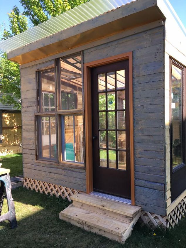 Something old, something new and it all comes together for an awesome DIY She Shed!