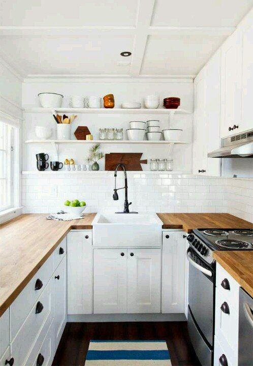 Small Kitchen Inspiration – Decorating Your Small Space