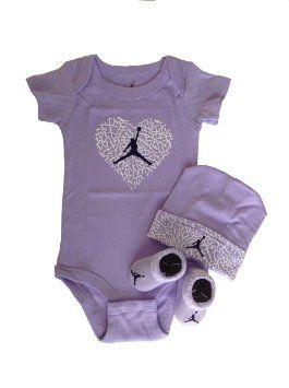 Gudang Sepatu Bayi - Nike Jordan Bayi Bayi Baru Lahir pakaian bayi 3 Pcs Set 0-6 Bulan dan Cellphone Anti-debu Plug http://pusatsepatubayi.blogspot.com/2013/07/gudang-sepatu-bayi-nike-jordan-bayi_8.html
