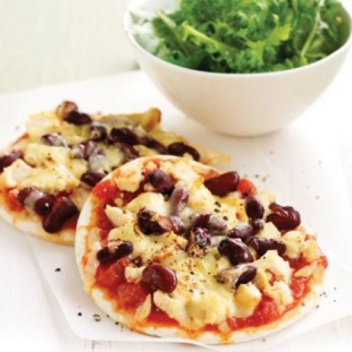 Mexican chicken pizzas | Healthy Food Guide