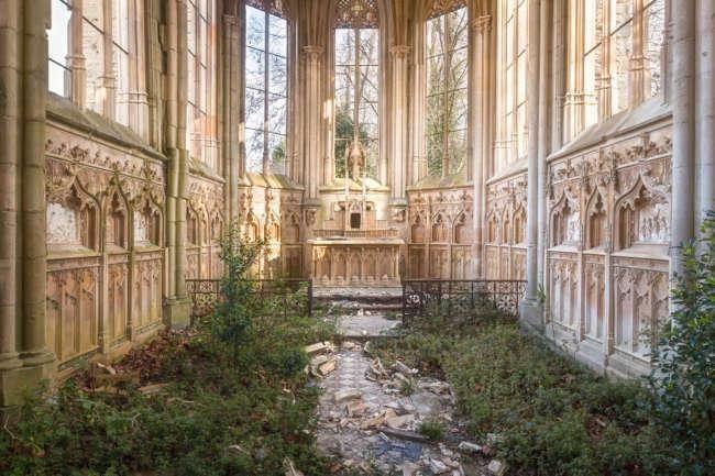 Fotógrafo captura a beleza de 20 igrejas abandonadas pelo mundo