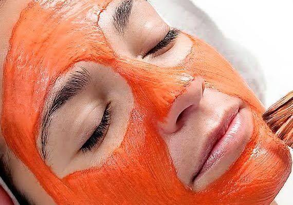 Esfoliare la pelle è importante per mantenerla pulita ed idratata